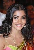 Pooja hegde glamorous photos-thumbnail-13
