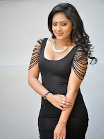 Nikesha Patel latest photos at Leela movie launch-cover-photo