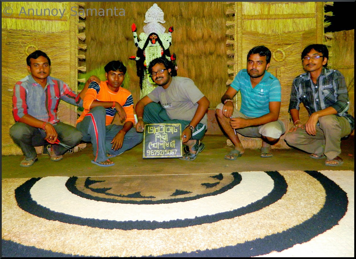 Theme Artists of a Kali Puja Pandal in Bardhaman