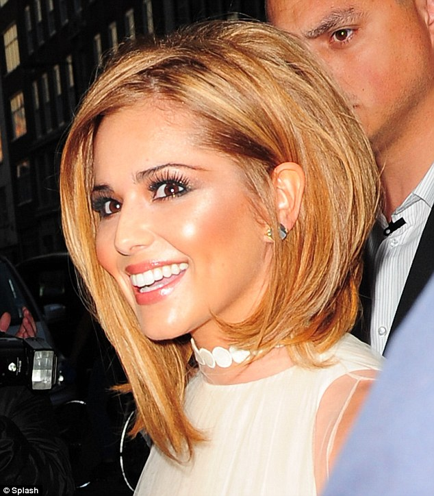 Miss Red: Cheryl Cole Shows Off New Hair Do At 28th Birthday Party!