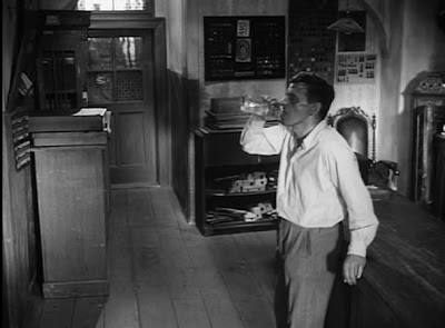 The Shop on Main Street • Obchod na korze (1965)