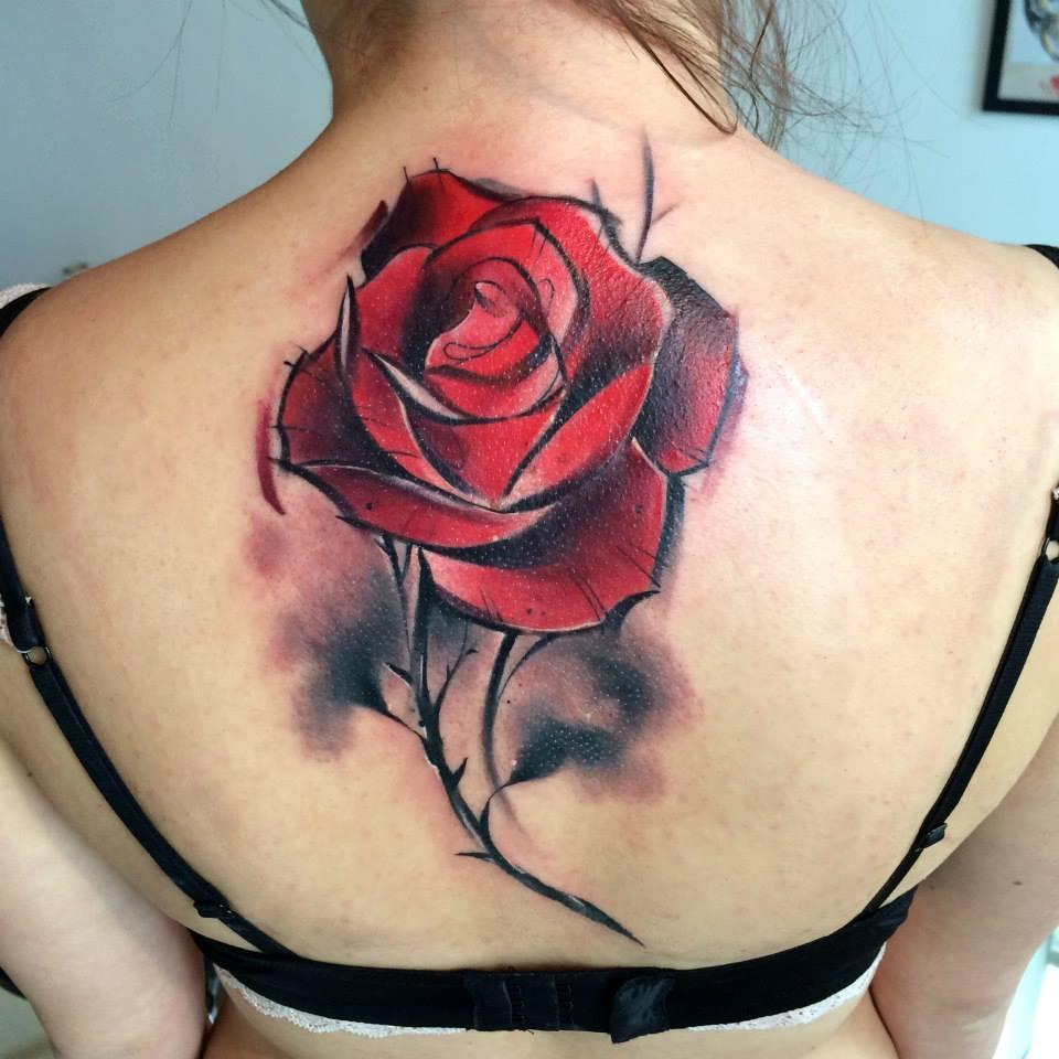 тату фото розы спина