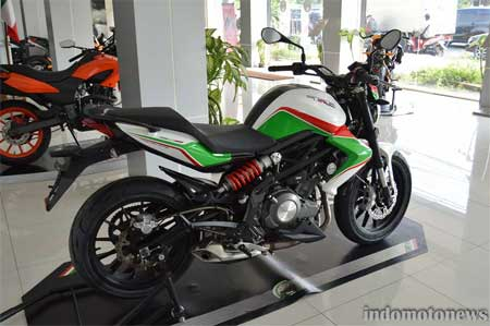 gambar Benelli TNT 250 Three color