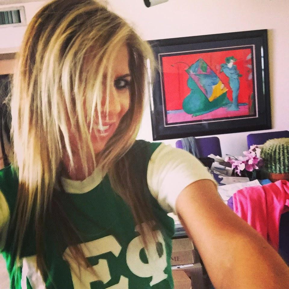 alpha epsilon phi aephi ckparis tshirt blonde