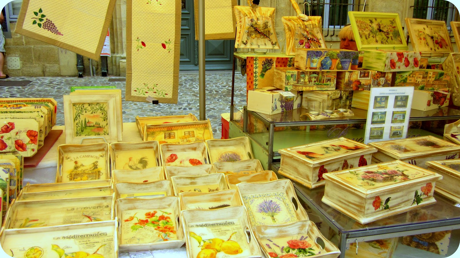 Woozle in france the markets of aix en provence for Decoration rocaille aixen provence