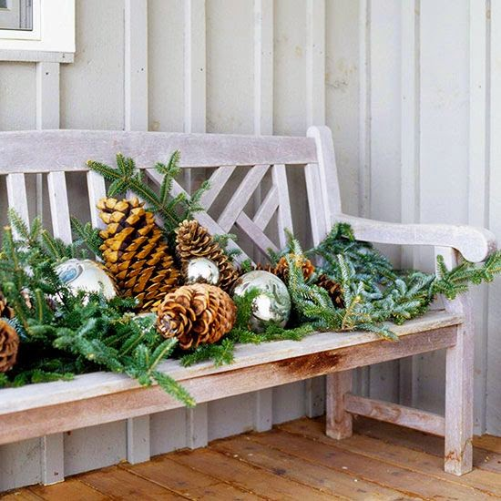 porch decoration, Christmas, natural elements, silver balls