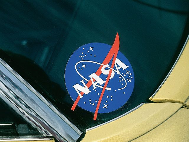 astronaut logo brand - photo #8
