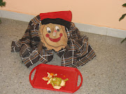 ELTIÓ DE NADAL. El Tió de Nadal és una tradició familiar que es celebra en .
