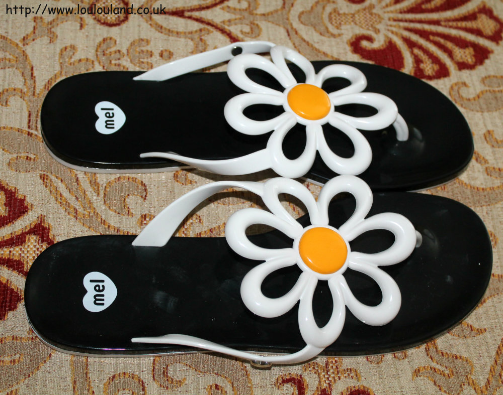 Black sandals littlewoods - These Were 32 Full Price And Although They Don T Have Them On The Littlewoods Site Top Shop Also Stocks Them In A Bright Yellow