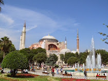 The Hagia Sophia in Istanbul, the largest and most beautiful cathedral in the world for 1000 years