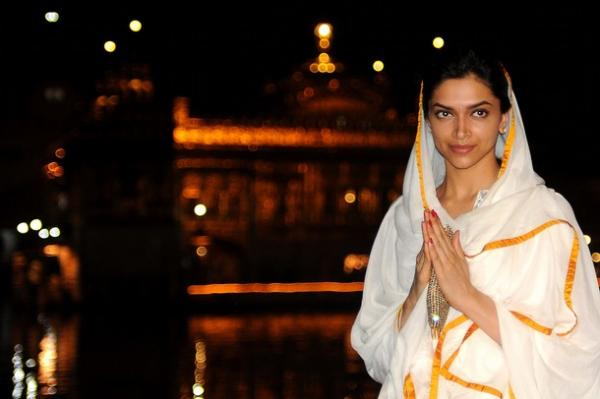 deepika at the golden temple hot photoshoot