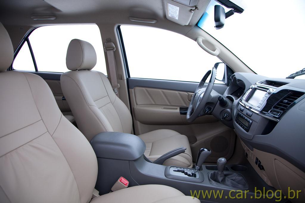 Toyota Hilux 2012 Flex tem preço a partir de R$ 88.730 reais