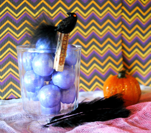 DIY Halloween Treat Cups, Feather and Clip Embelishments