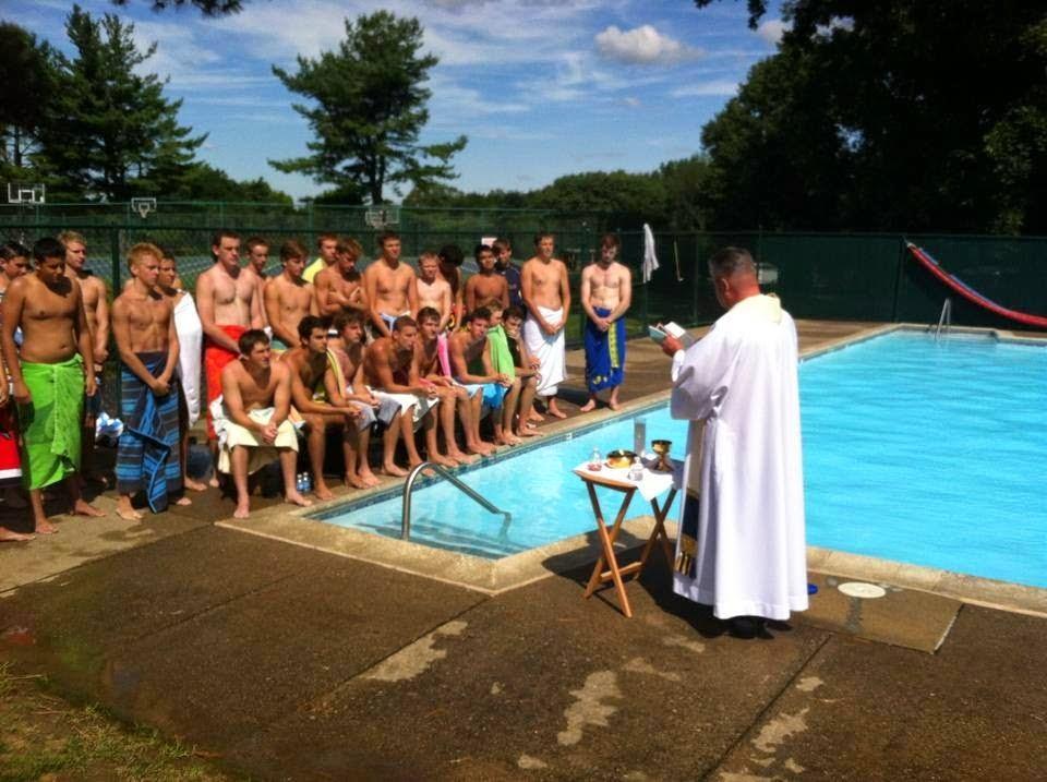 Liturgical Abuse In Philadelphia Lasalle College High School 39 S Poolside Mass