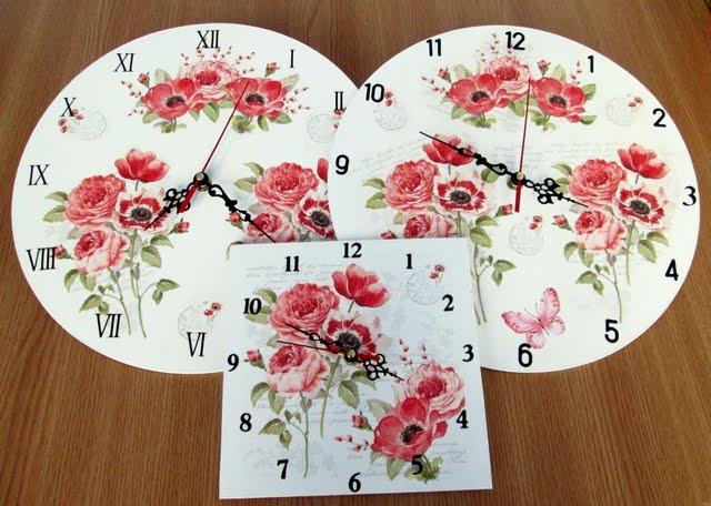 Ceasuri cu maci rosii