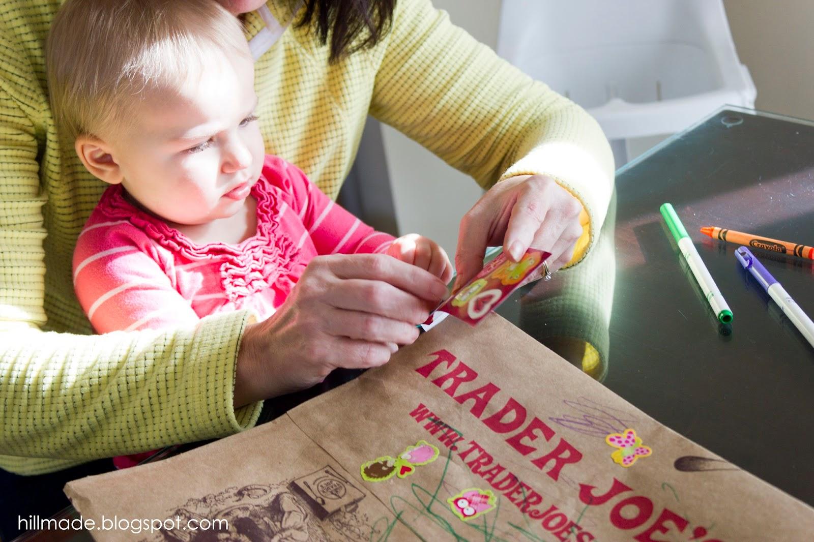 Make a paper bag dress to go along with the story The Paper Bag Princess by Robert Munsch | hillmade.blogspot.com
