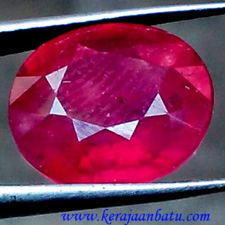 Batu Permata Red Ruby Pigeon Blood