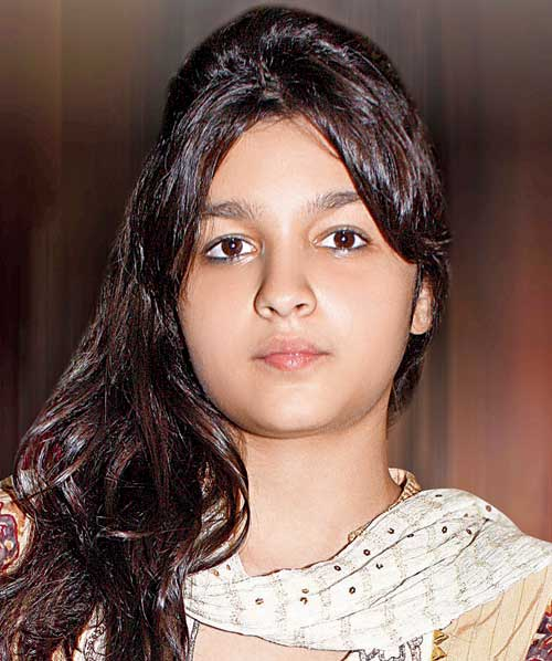 Alia Bhatt , Age , biography , Boyfriend , Wallpaper , Images
