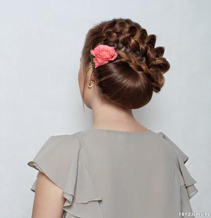 fryzura ślubna 14