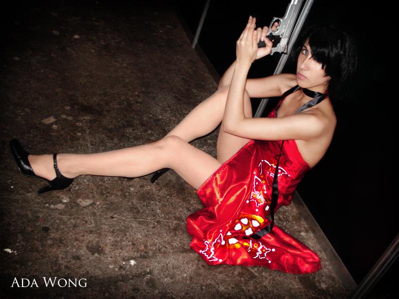 Para este s 225 bado tenemos unas fotos cosplay de ada wong de resident