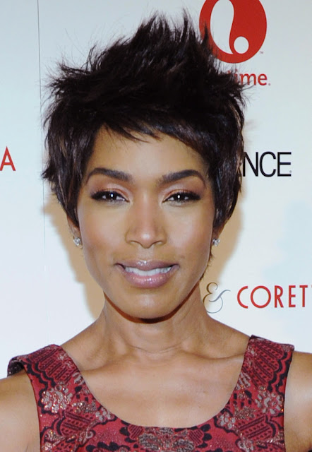 Angela Bassett Height, Weight And Body Measurements