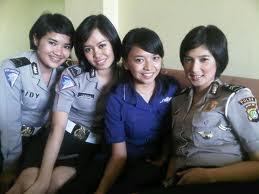 Foto Polisi Cantik Briptu Eka Fresya 5