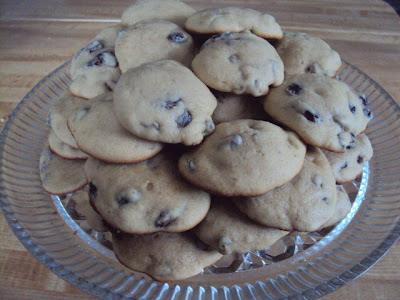 chewy-soft-raisin-cookies