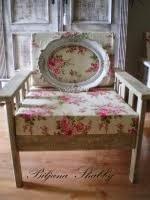 Shabby chic fotelja