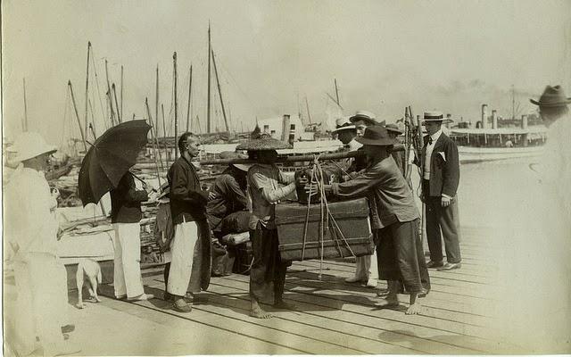 Porteadores de equipaje Hong Kong 1890