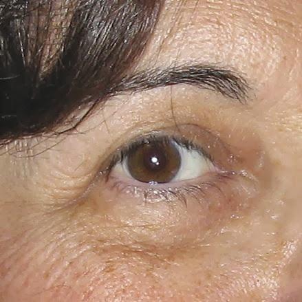 Como arreglar las arrugas alrededor de los ojos en