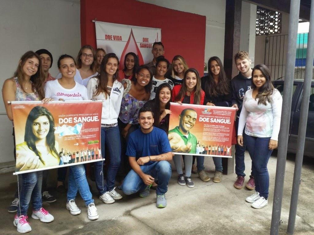 Estudantes de Medicina Veterinária do UNIFESO Teresópolis realizam trote solidário