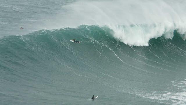 sesion otono menakoz septiembre 2015 surf olas grandes 17