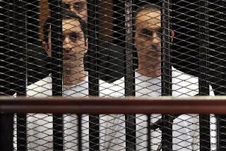 """""""جنايات الجيزة"""" تستكمل محاكمة نجلى مبارك وآخرين فى التلاعب بالبورصة"""