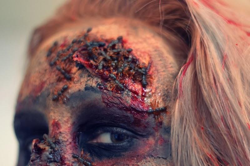 Halloween-Makeup-Insekten-in-Wunde-Verletzung