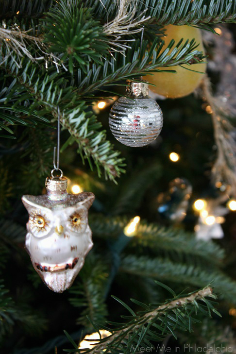 ornament details via Meet Me in Philadelphia