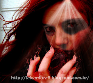 dark-art-comendo-maçã-photoshop-ruiva
