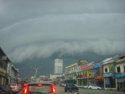 Fenomena Awan Ombak Di Segamat Johor Dan Labuan