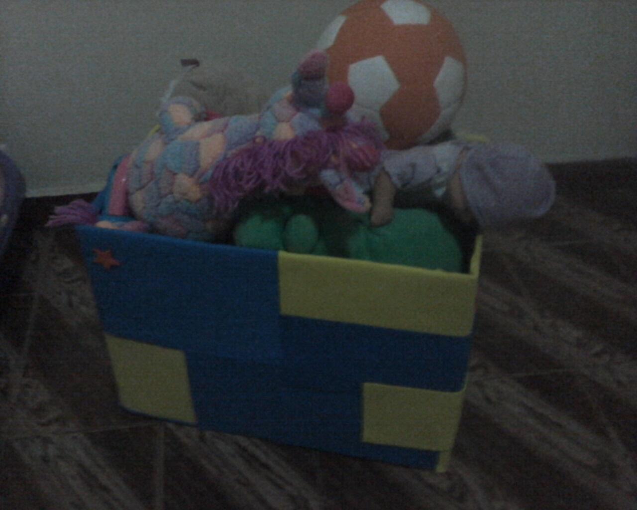 Arteiras: Caixa de papelão encapada para ser caixa de brinquedos #5E443E 1280x1024