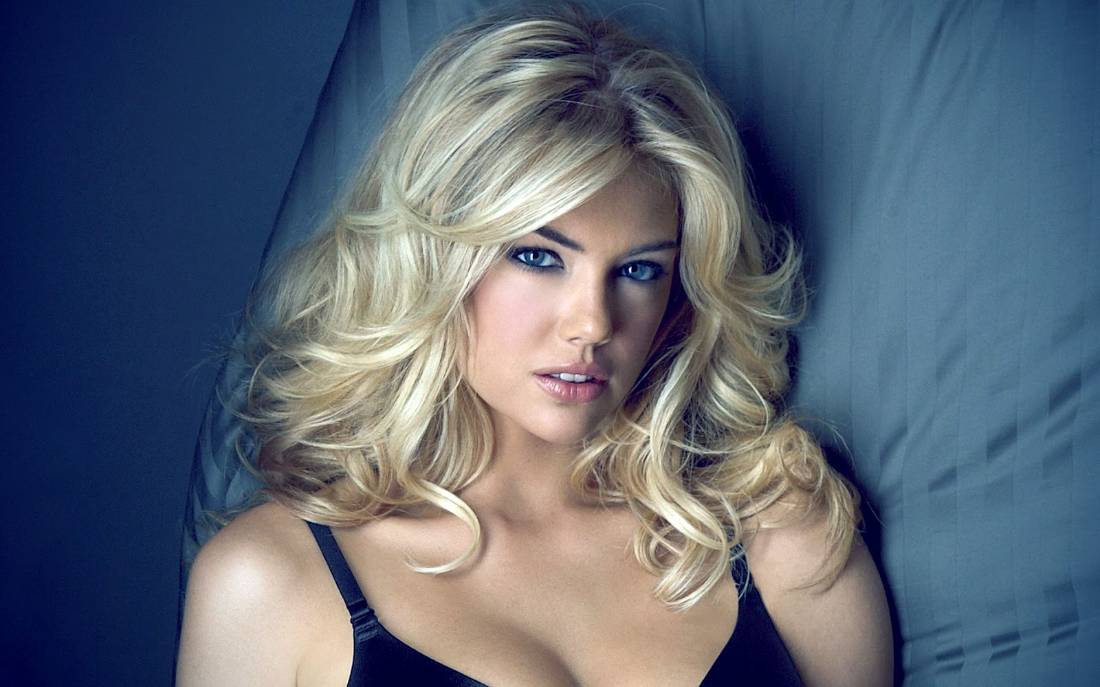 http://4.bp.blogspot.com/-o6g8rT69HpE/UAznFzjqdcI/AAAAAAAADIU/EwE-cAyZ5Eo/s1600/kate+upton+hd+wallpapers,kate+upton+latest+photoshoot.jpg