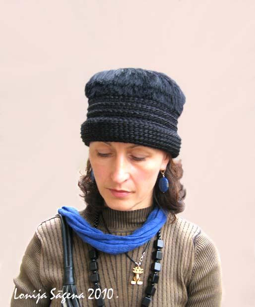 tamborēta cepure