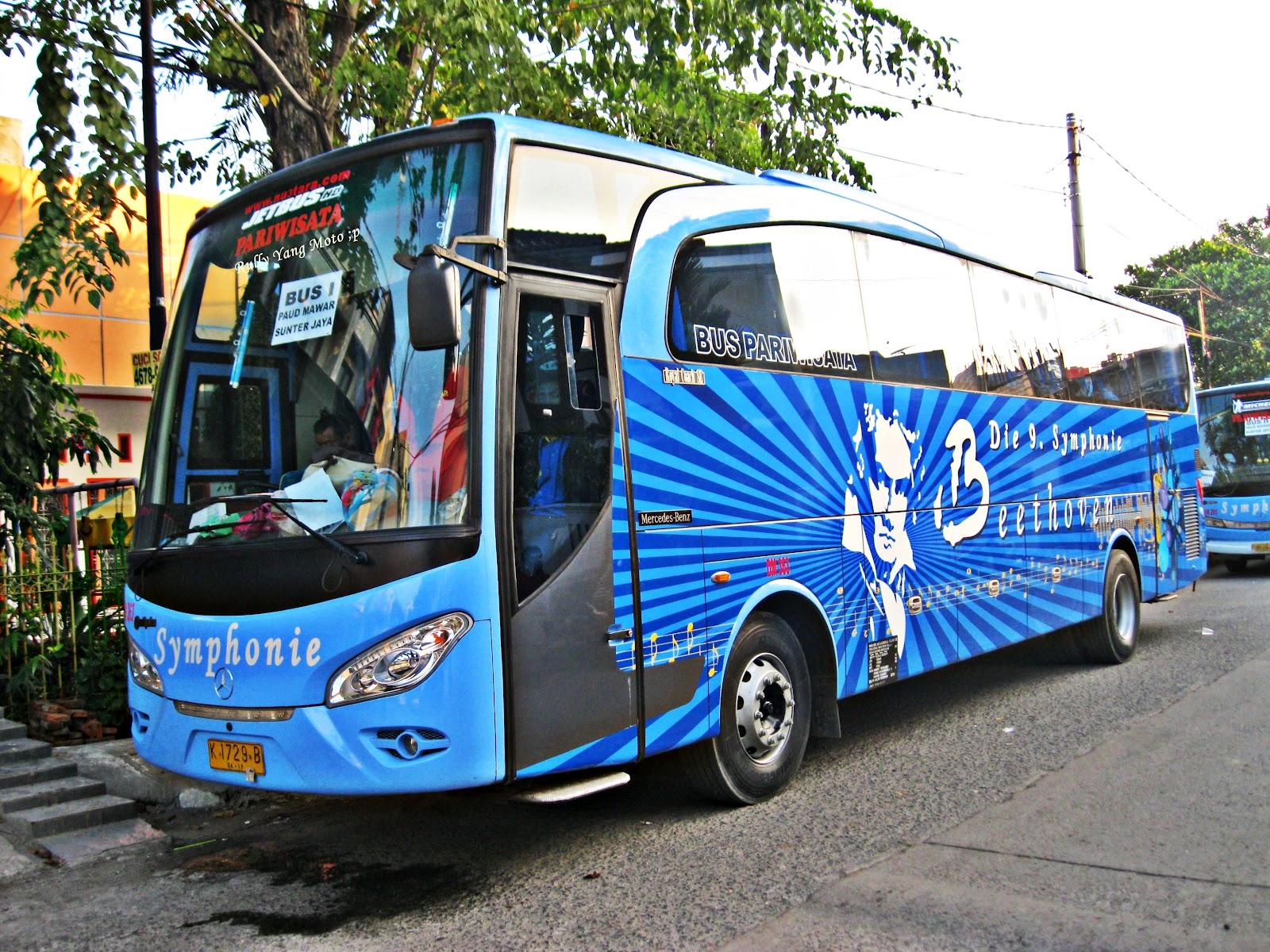 Rulli Andriawan Blog Salah Satu Bis Pariwisata Asal Jakarta Die