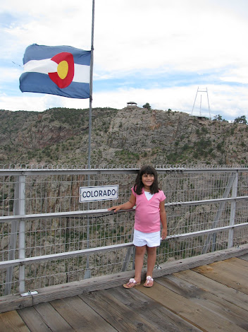 ROYAL GORGE HUGE BRIDGE