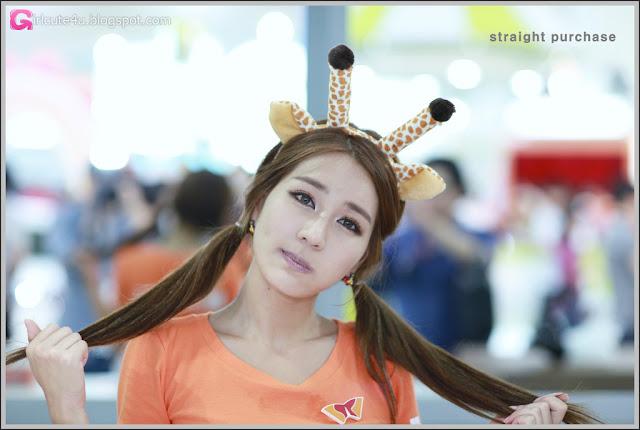 3 Park Si Hyun - World IT Show 2012-very cute asian girl-girlcute4u.blogspot.com