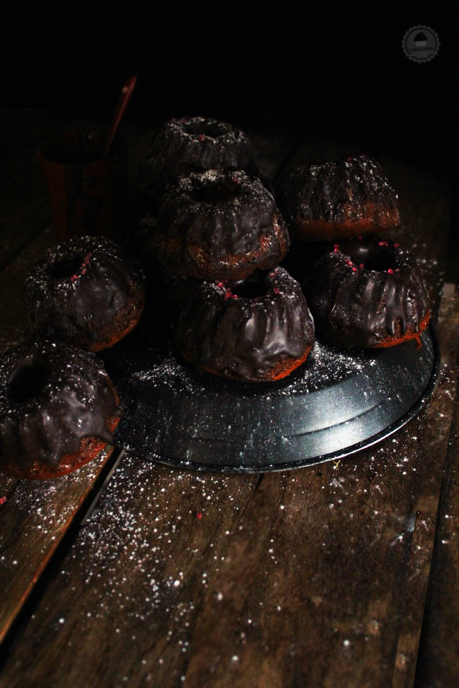 spicy chocolate mini bundt cake 2