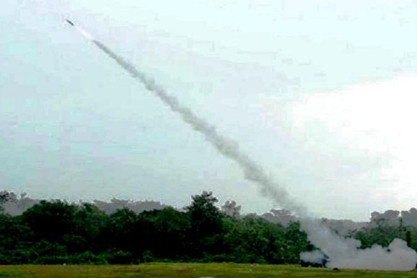 R-Han 122 Roket Pertahanan Produksi Indonesia