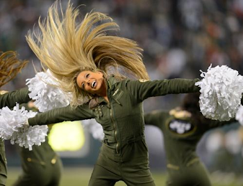 Sole Highlight of Game Was JETS Flight Crew on Sidelines