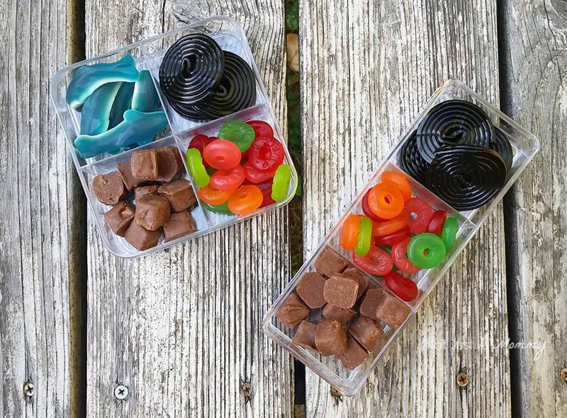 5 Road Trip Snack Hacks; sweet snack boxes