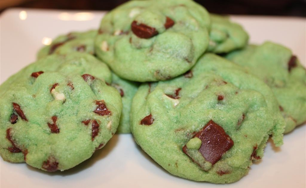Kelly 39 S Healthified Kitchen Mint Chocolate Chip Cookies