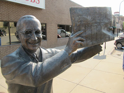 Harry S. Truman statue, estatuas de Rapid city, estatua de Harry S. Truman