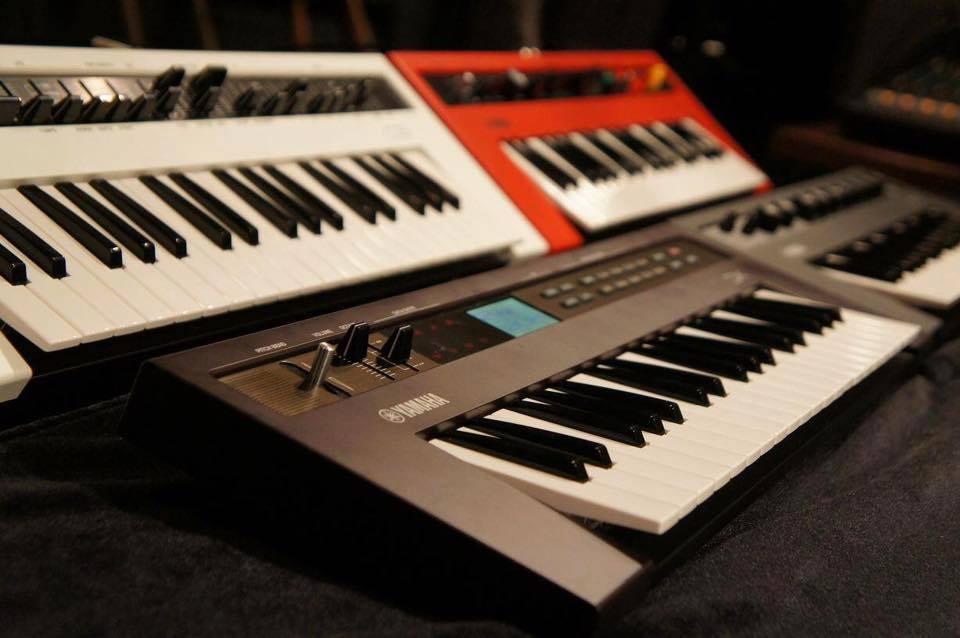 the synthesizer sympathizer full yamaha reface line spec. Black Bedroom Furniture Sets. Home Design Ideas